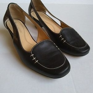 Naturalizer Womens Size 6 M   1 inch heal Black